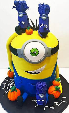 minion cake from from cakeaholics in arlington, tx