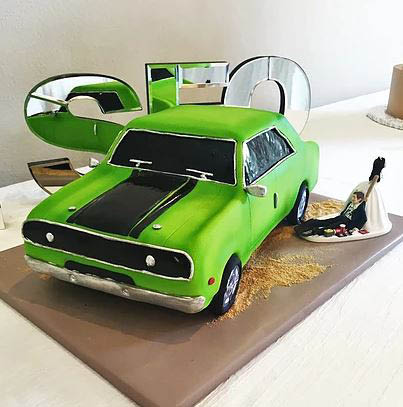 theme cake from cakeaholics in arlington, tx