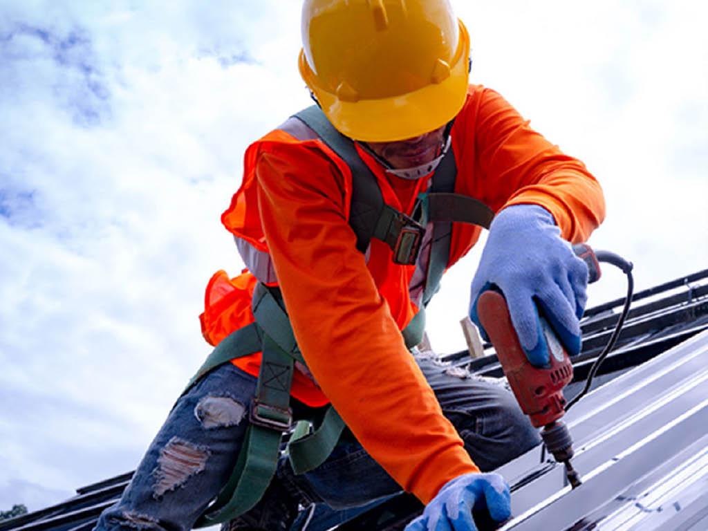 Caliber Metal Roof installer