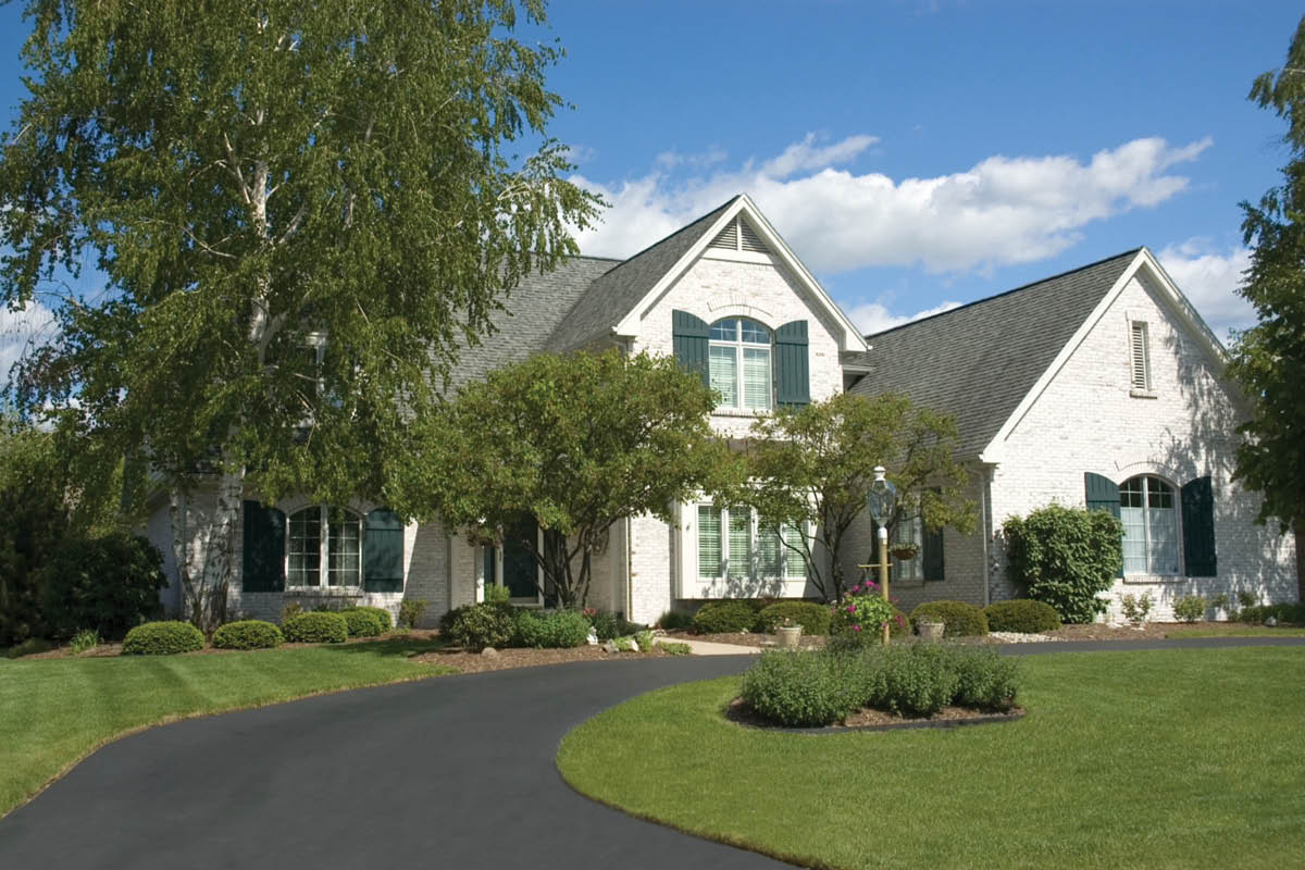 calvary paving,paving and sealcoating,drive way repair,cracked driveway,paving near me,