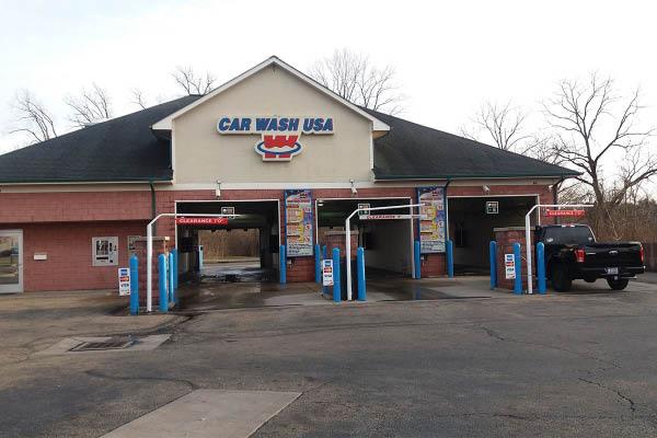 Car Wash USA Reynoldsburg spray wash