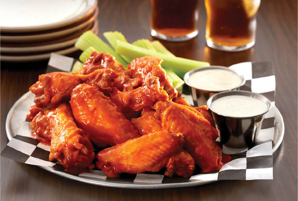 jumbo wings with dipping sauce