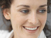 We offer porcelain dental veneers, crowns and bridges