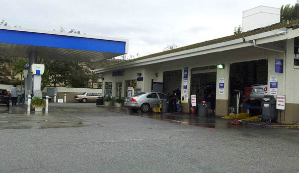 Seal Beach Chevron Auto Repair offers auto care, oil change service