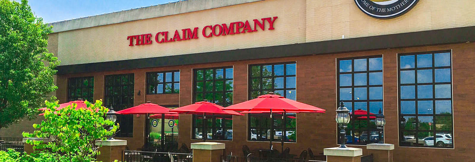 The Claim Company Restaurant outdoor patio in Vernon Hills, IL banner