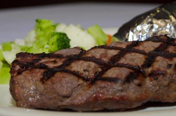 Steak at Irish pub a short drive from La Vista