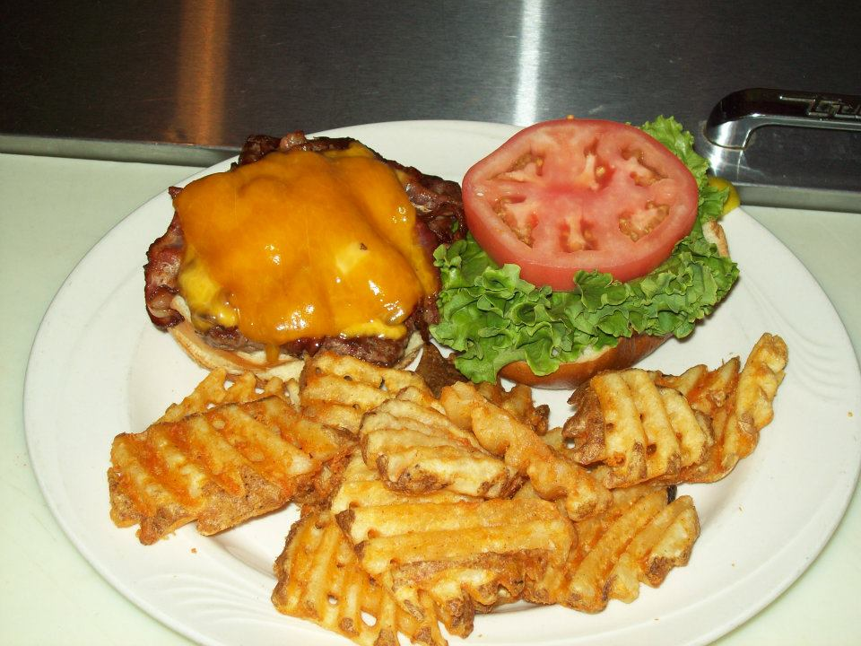 Classic bacon cheeseburger for lunch.