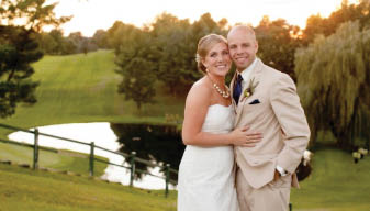 Plan your wedding at a beautiful setting - Clifton Hollow Golf Club