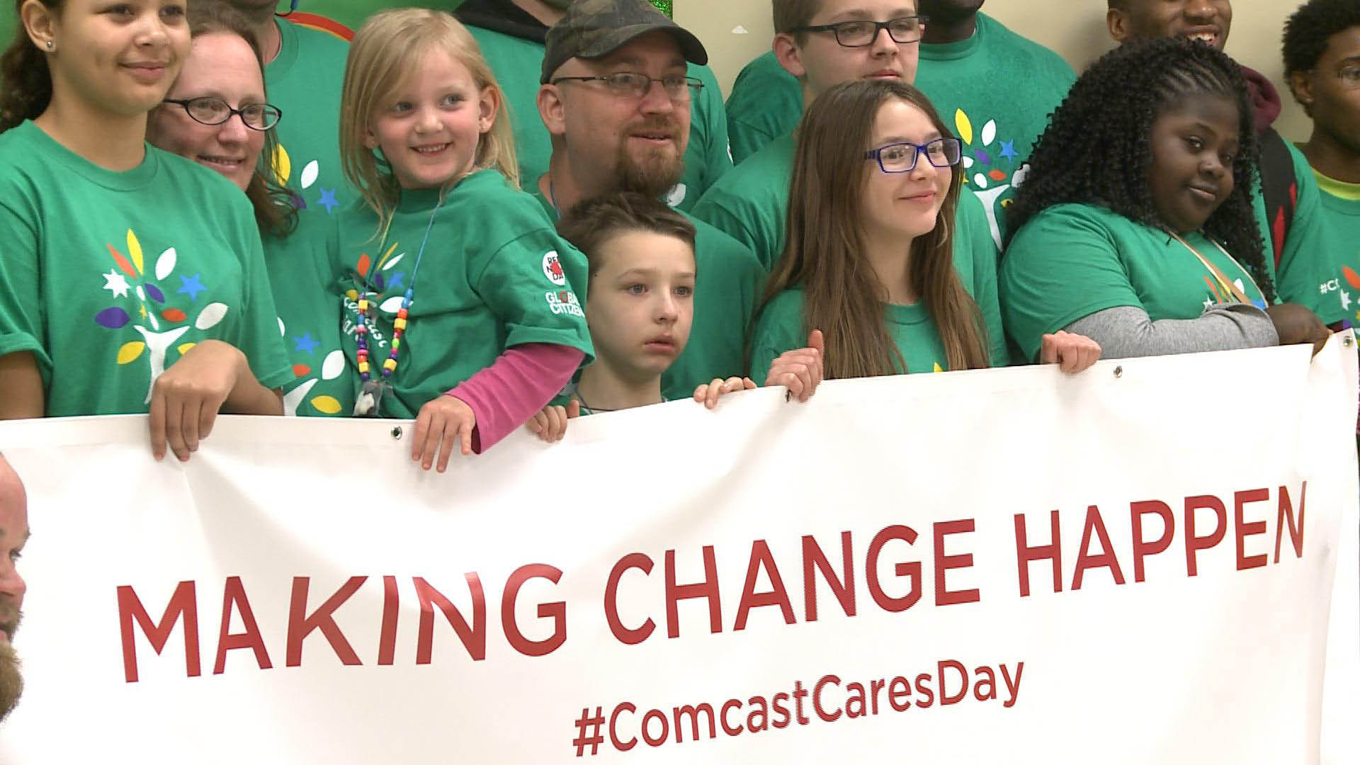 Volunteers at Comcast Cares Day 2016.