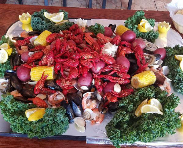 Get a low country boil in Savannah