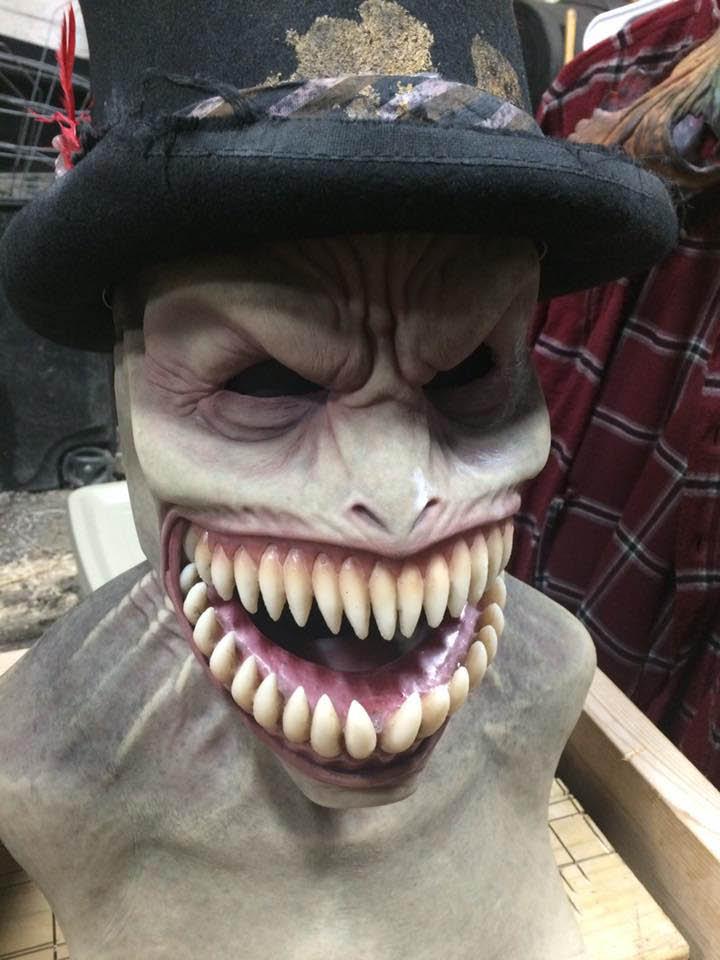 Scary fang mask at Creepy Hallow.