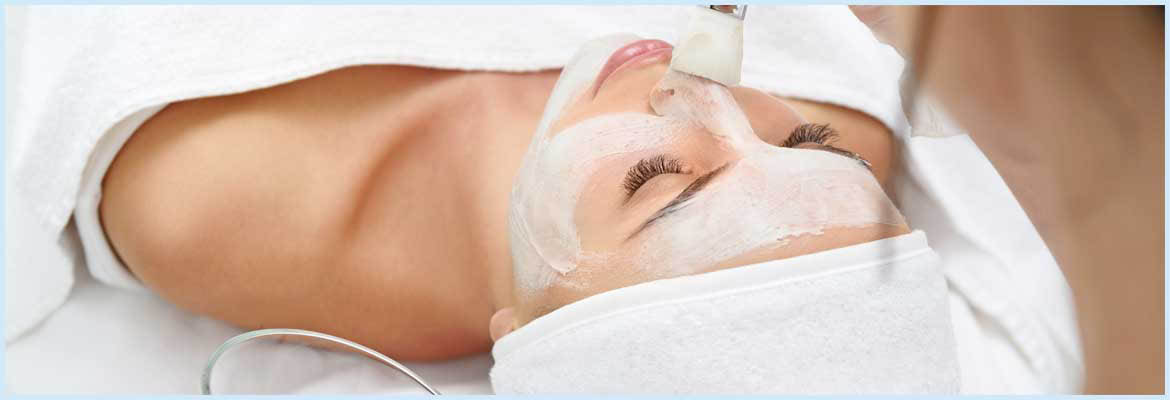 facial, waxing, pedicures, manicures, haircuts, massages, hair removal, hair color, highlights