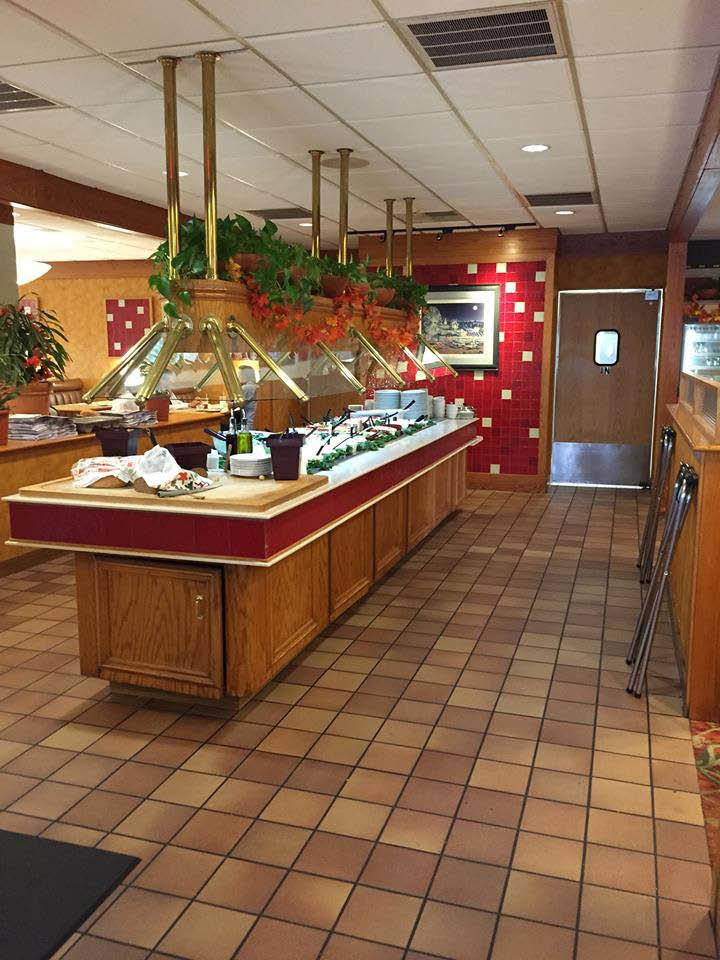 Interior of Crossroads Family Restaurant Buffet