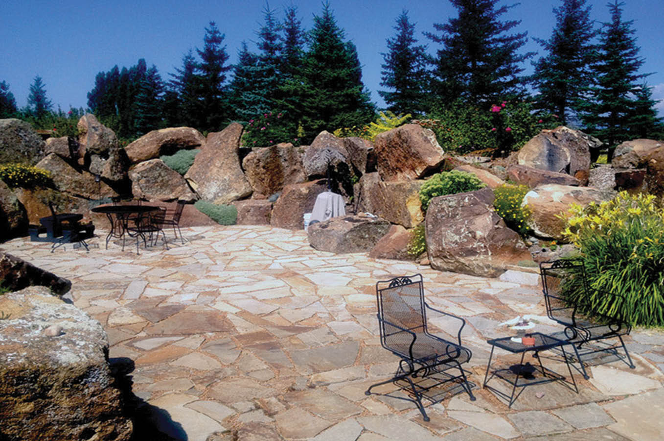 Patio design ideas with stone and rocks