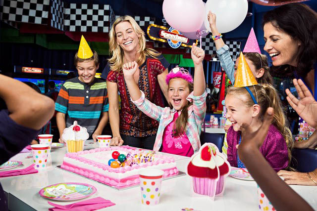 Dave & Buster's kids party