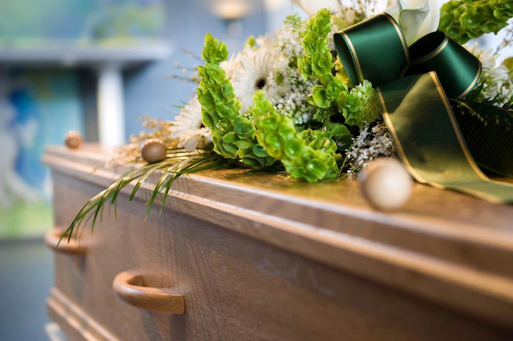 Caskets-&-Burial