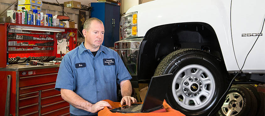 auto repair in newark de,tire rotation,oil change in newark de,tire replacement,engine,motor,service center,car,discount,car work,car service,