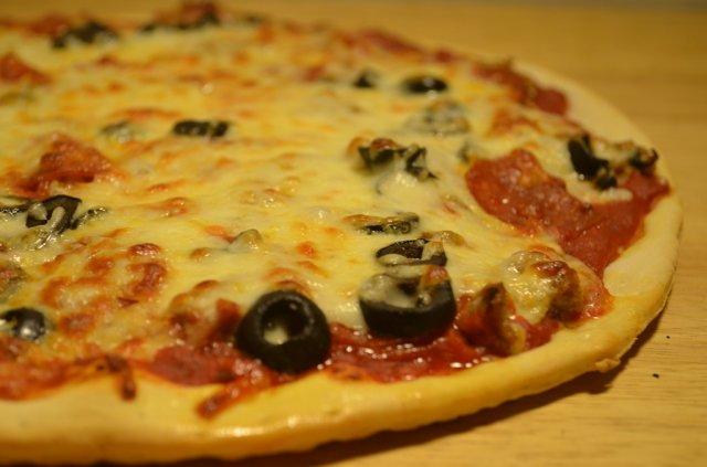 De Rangos Pizzeria near Cudahy, WI pizza