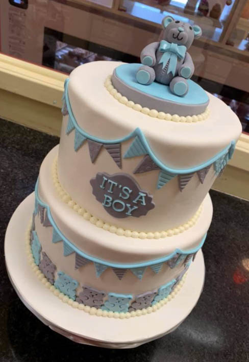 birthday cakes, shower cakes, gender reveal cakes, cup cakes, italian cookies, cannoli