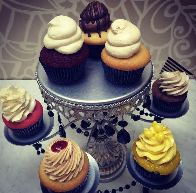 cake pops, cupcakes, best bakery near me, best bakery new castle county, best  bakery delaware, best bakery pennsylvania
