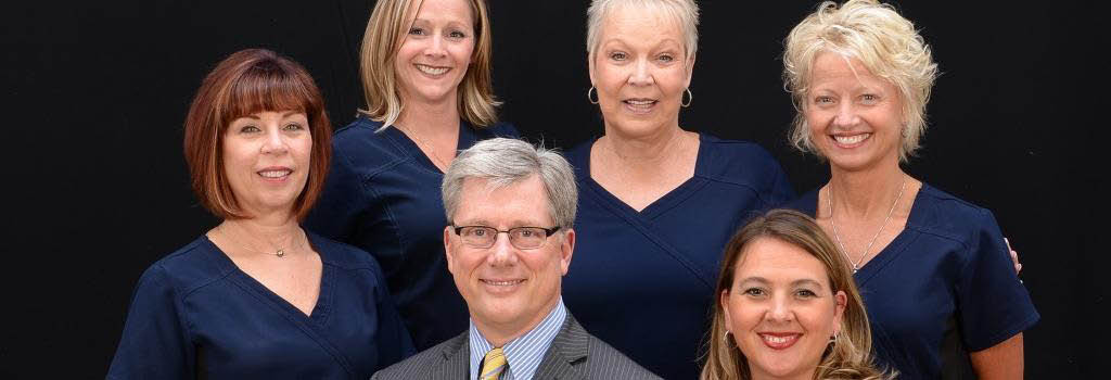 Dental Smilemakers in Kansas City Missouri's Staff Picture and Banner Image