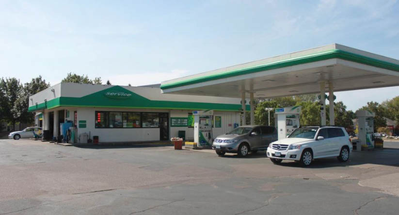 Eagle Lake BP Auto Care and Gas Station