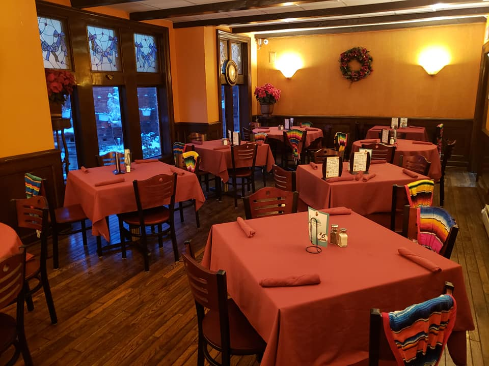 El Tenampa Mexican Grill Milwaukee WI restaurant area