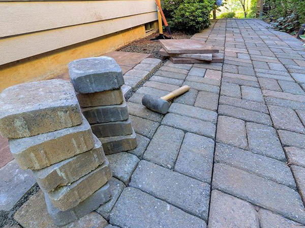 Elite Contracting Group hardscapes