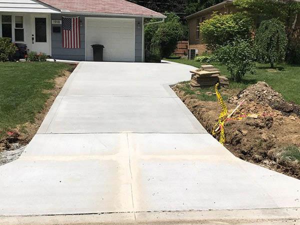 Elite Contracting Group concrete driveway