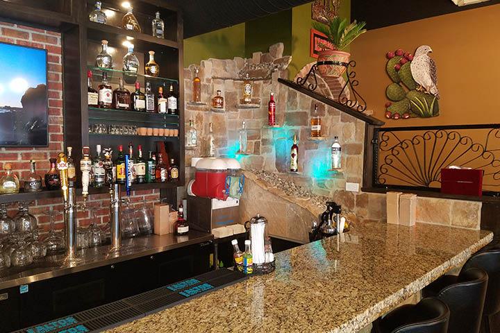 El Lago Mexican Restaurant, Indianapolis, IN, Nachos Supreme, Guacamole, Enchilada