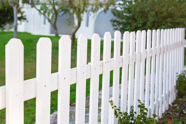 Expert Fence white picket fence