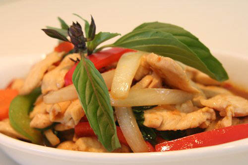 Thai Restaurant in Calvert County, Thai Food in Southern Maryland, Pad Thai, Asian Food, Chinese Food, Noodles, Steamed Rice, Fried Rice, Curry, Hot, Spicy