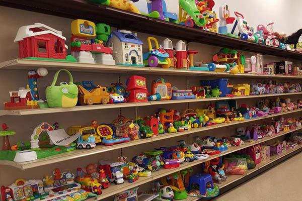 Family Thrift toys