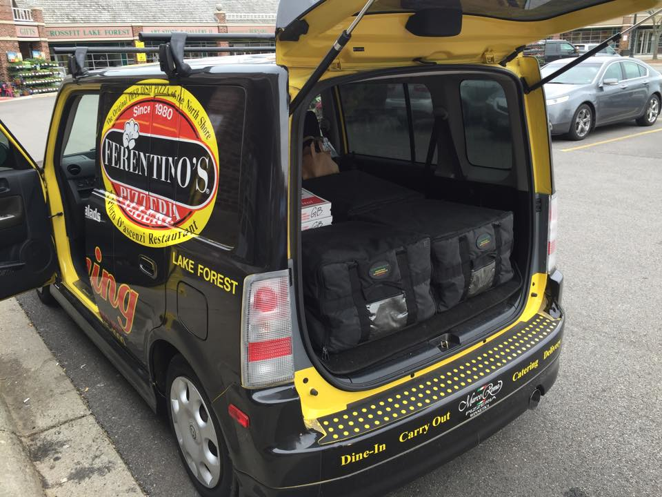 Ferentino's Pizzeria delivers for lunch and dinner throughout Lake Forest and the surrounding communities.