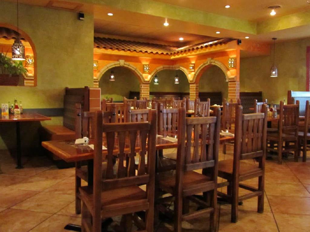 Fiesta Mariachi dining room