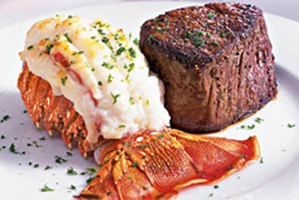 Final Approach Bar and Restaurant near Greenfield, WI offers seafood, steak surf and turf