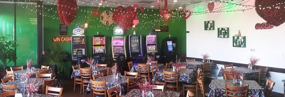 Now play video slots at Frankie;' Beef & Pasta located in Oak Lawn, IL.