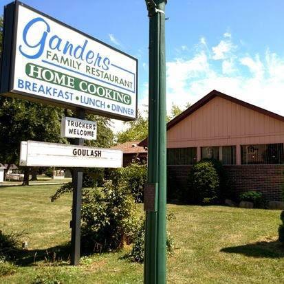 Ganders family restaurant luna pier