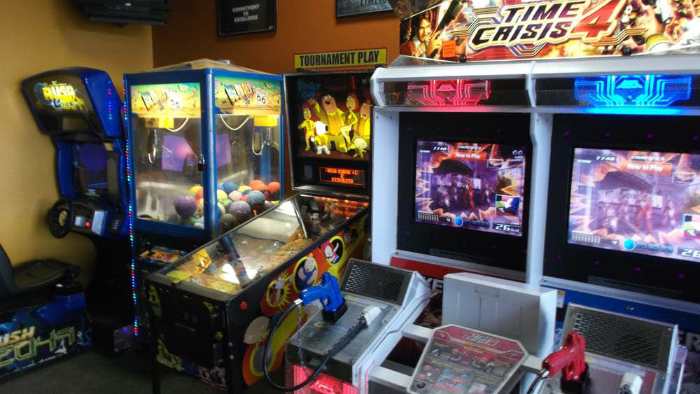 Garlex pizza has an arcade for the kids.