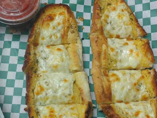 George's Pizza garlic cheese bread