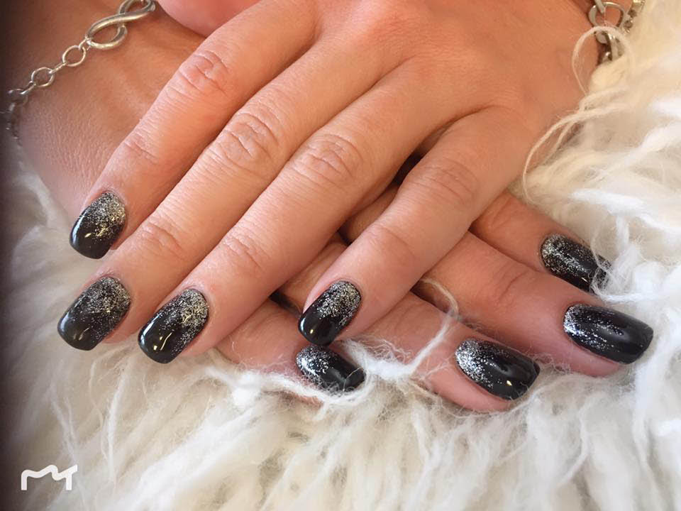 Square tips with black gel polish and glitter finish
