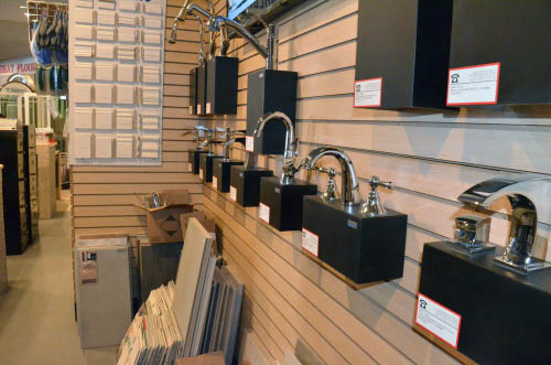 Variety of kitchen & bathroom sinks and faucets close to Piedmont, CA