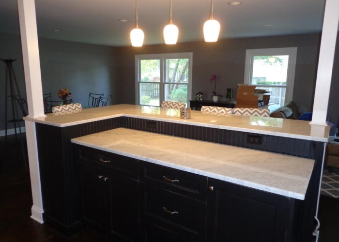 Granite Works LLC in Mundelein, IL creates new kitchen countertops
