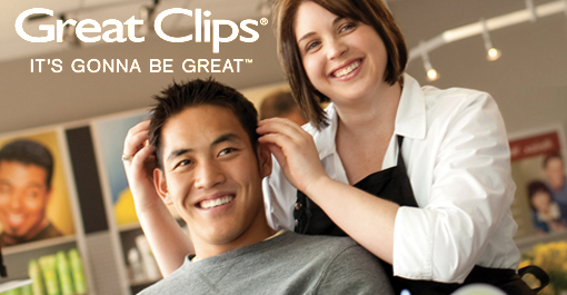 man getting a haircut at Great Clips in Lincoln, NE