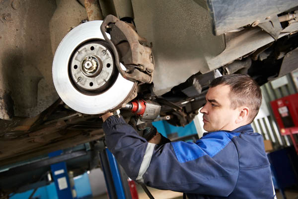 Auto brake repair service at DW Campbell Tire and Service Center