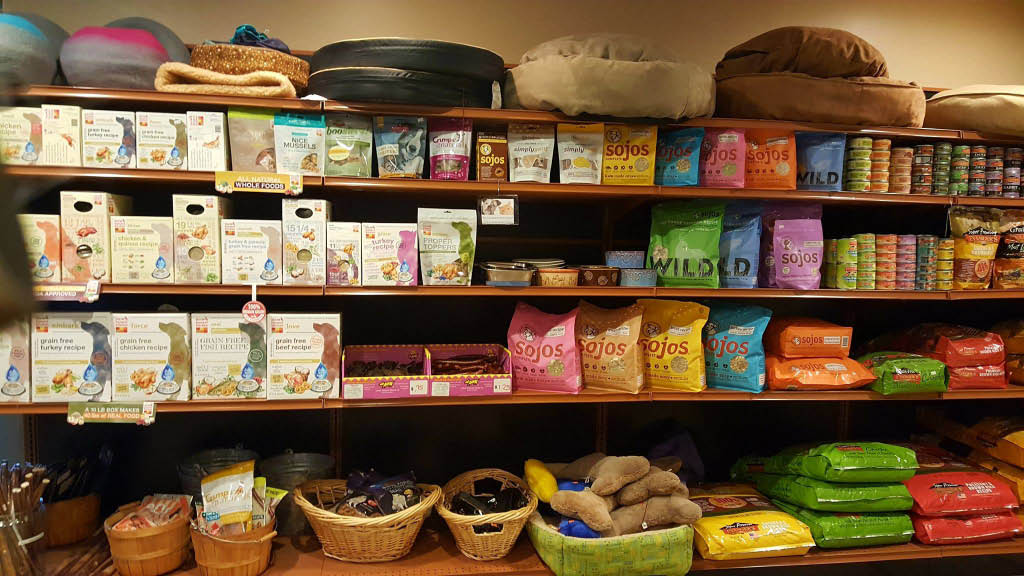 dog food, cat food, treats, pet