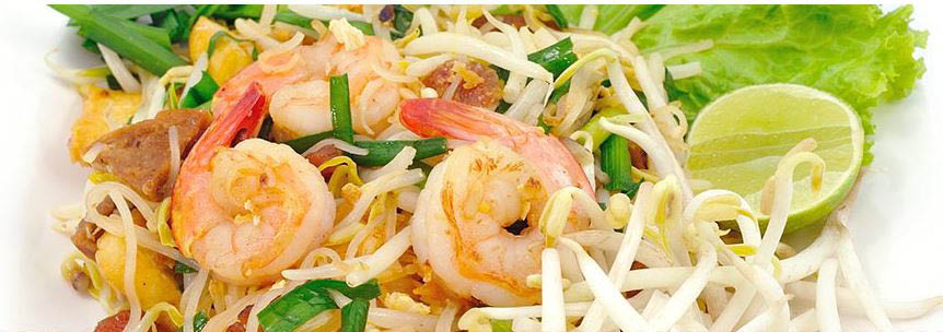 Delicate shrimp, green onions, bean sprouts and lime