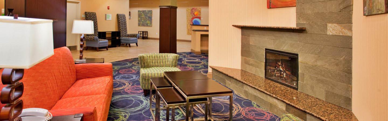Hotel deals near Council Bluffs