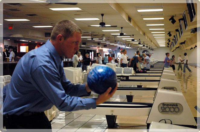 collins bowling centers lexington Kentucky family friendly