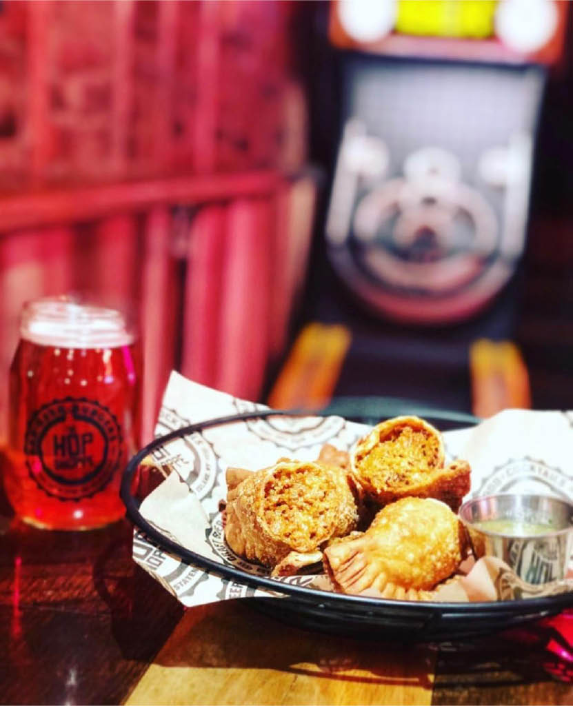 entrees, sandwiches, wings, bar, retro bar, retro pub, arcade, skee ball, cheap beer, beer discount, promo code, stapleton, happy hour, beer, craft beer, Korean tacos, tacos, pub food, hop shop, hop shoppe, ny, gastropub